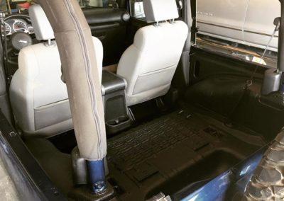 sprayinliner-jeep-floor